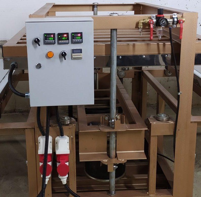 Пульт управления термо пресом для производства плитки из резиновой крошки